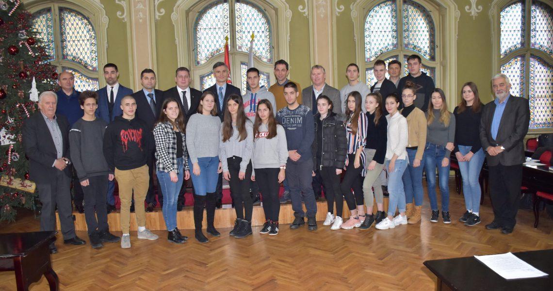 Urucenje-Svetosavskih-stipendija-2018-001